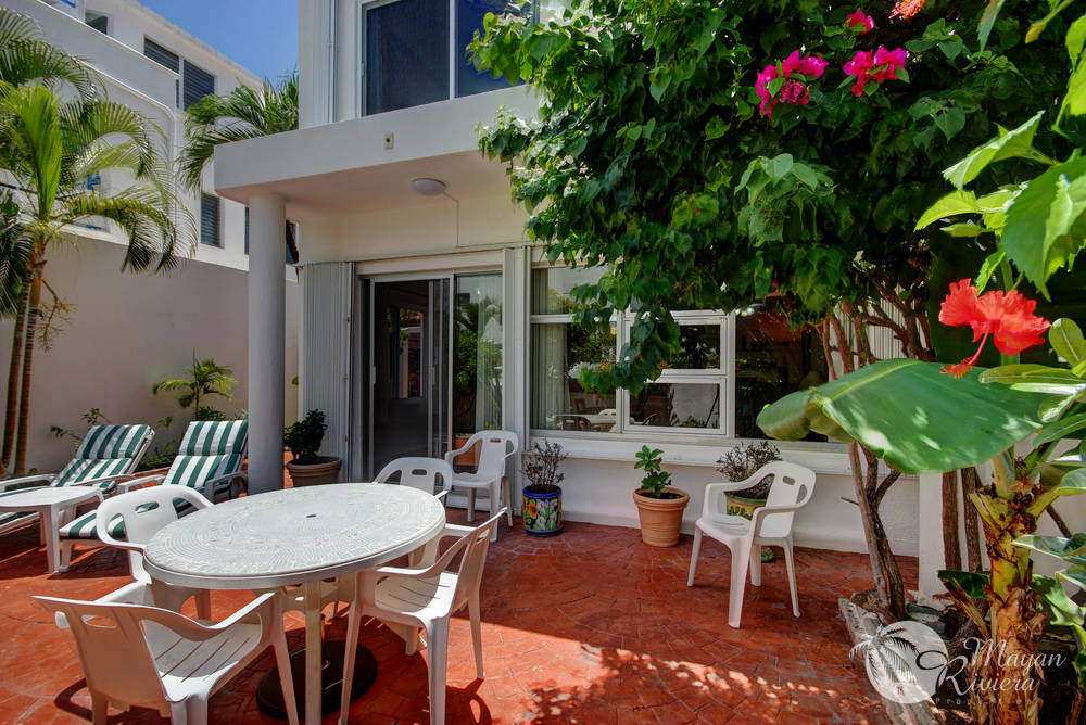 211082 -Three Bedroom Townhome with Private Courtyard! SOLD! photo