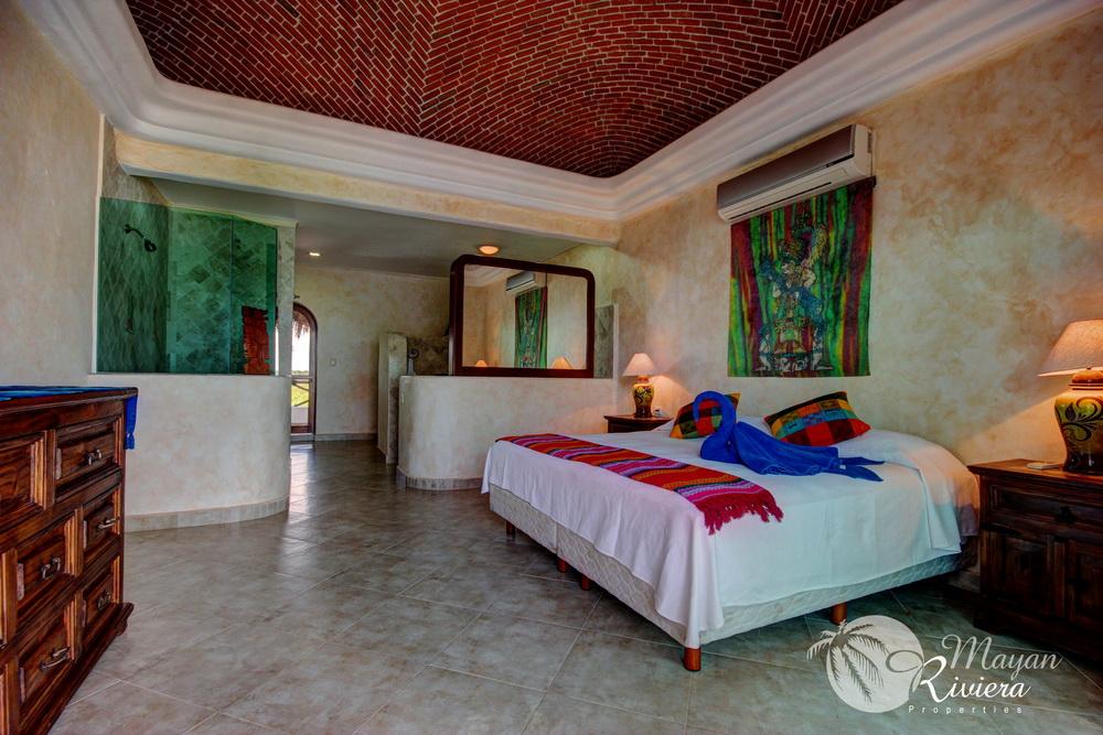 211051 - Villa Tres Hermanos - Under Contract! photo