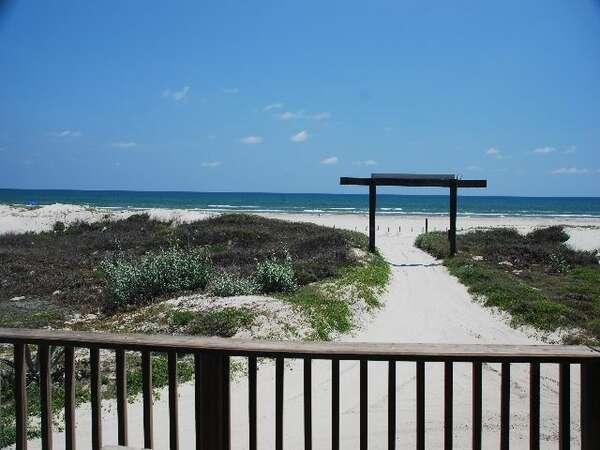 Beachgate Condo Suites and Hotel - 121 photo