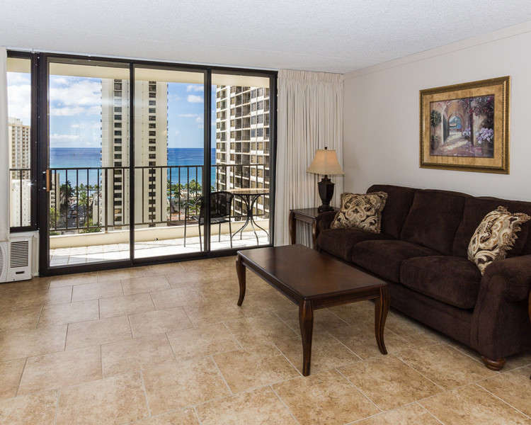 Waikiki Banyan - Tower 2 Suite 2014 photo