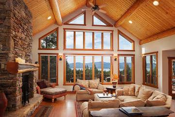 Timberline Vista - Living Room www.enjoymontana.com