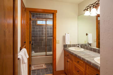 Timberline Vista - Guest Bathroom, main floorwww.enjoymontana.com