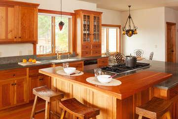 Timberline Vista - Gourmet Kitchen www.enjoymontana.com